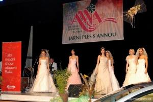 14. Jarní ples s Annou